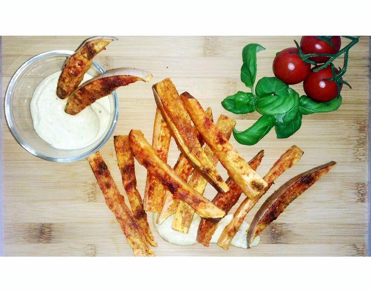Pampuchy - wszystko o gotowaniu: Frytki z batatów z dipem curry