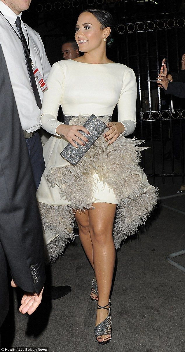 385 best images about celebrity feathers on pinterest