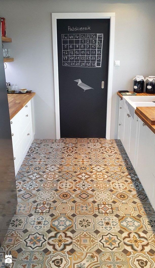 Drzwi do spiżarni - zdjęcie od Projekt Kawka - Kuchnia - Styl Rustykalny - Projekt Kawka