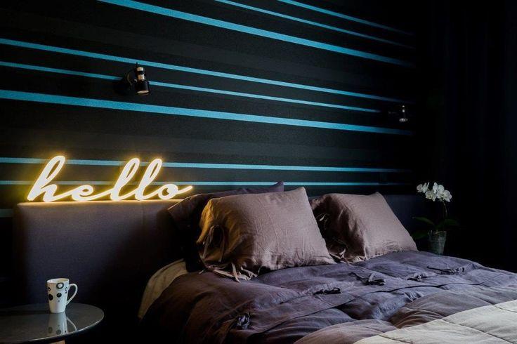 #Sypialnia #neon #projektowanie #wnętrz, #bedroom bed #wallpaper #lighting #tryc #interiordesign #homedecor #len #poduszki #oświetlenie