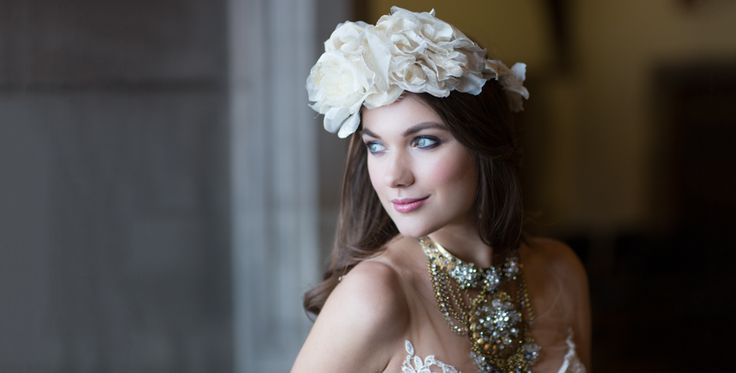 Hart House style shoot, gorgeous headpiece by Laura Jayne and stunning necklace from Jewellery by Karen