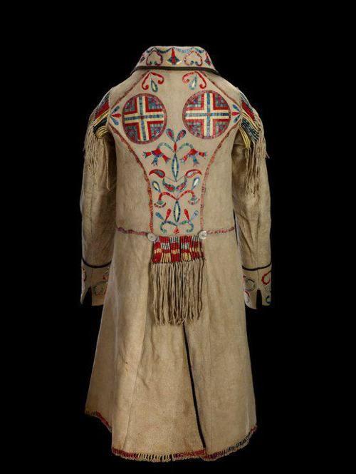Cree-Metis (North Dakota), Man's Coat, porcupine quills/paint/leather, c. 1850/70.