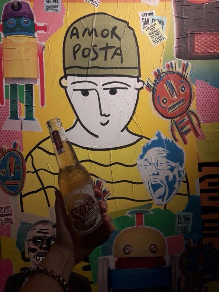 The Brick Hotel Buenos Aires MGallery by Sofitel cerró su ciclo 2017 con una muestra de BA PasteUp un grupo de artistas urbanos que intervino el piano de cola del hotel con el método paste up una técnica de arte callejero que utiliza pegatinas para lograr composiciones creativas coloridas y dinámicas.  La muestra estará disponible para visitar en el foyer del hotel hasta el 31 de Marzo.  El colectivo BA Paste Up se compone por un grupo de artistas visuales que sale a la calle a realizar…