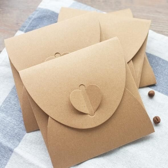 (10 pcs/lot) 250gsm Kraft CD Papier Cas Blanc Kraft Enveloppes Naturel Couleur Plaine Kraft Papier Cadeau Enveloppe CD/DVD sac De Papier