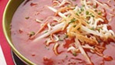 Chinese tomatensoep met taugé, ei en noedels
