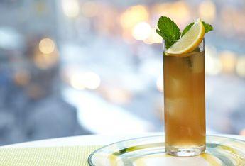 Ciroc Peach Lemonade with CÎROC® Peach