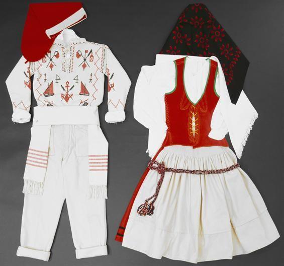 Traje masculino e feminino de romaria e festa-Mulher e Pescador da Póvoa de Varzim