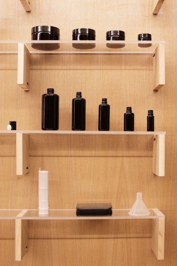La tienda parisina de cosmética natural Heliocosm, un experimento estético de Freaks Freearchitects. - diariodesign.com