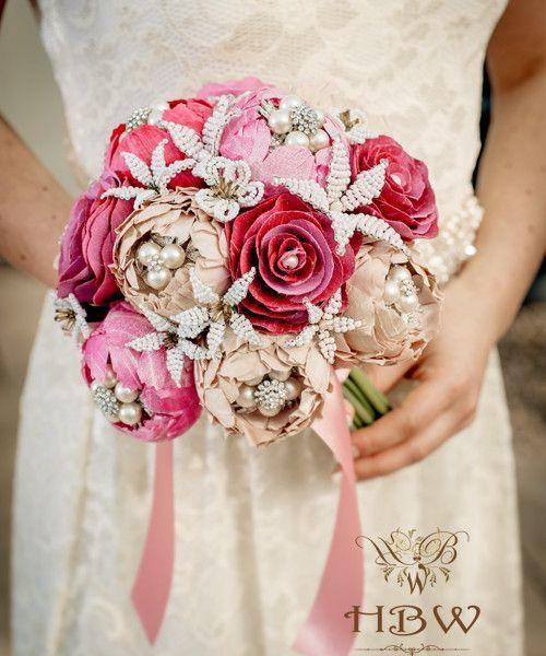 A GARDEN ROMANCE Bridal bouquet | HBW - www.hbwedding.co.uk