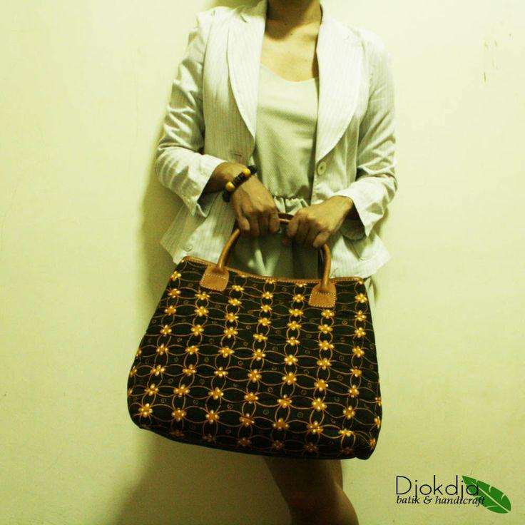 Arimbi Checkered Batik Top Handle Bag