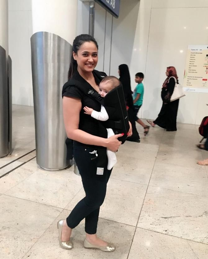 Shweta Tiwari Shared An Adorable Video Of Baby Reyansh Playing, And We Can't Stop Smiling
