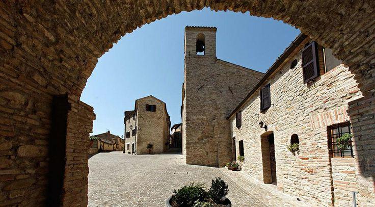Castiglioni Antigo Borgo | Arcevia | Ancona | Le Marche | Italy