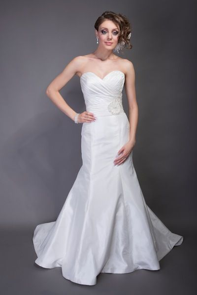 Angel Rivera Wedding Dresses and Bridal Gowns | New York like the shape