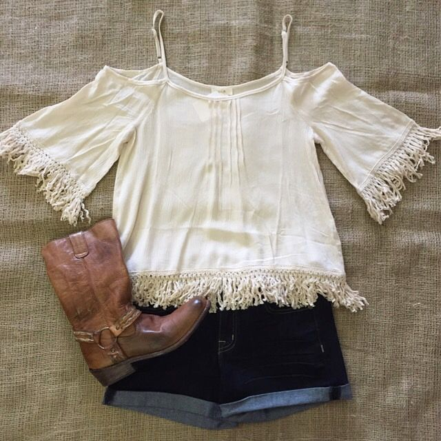 Kenny Chesney won't be the only concert that will go on this summer! This outfit would be perfect for any country concert.
