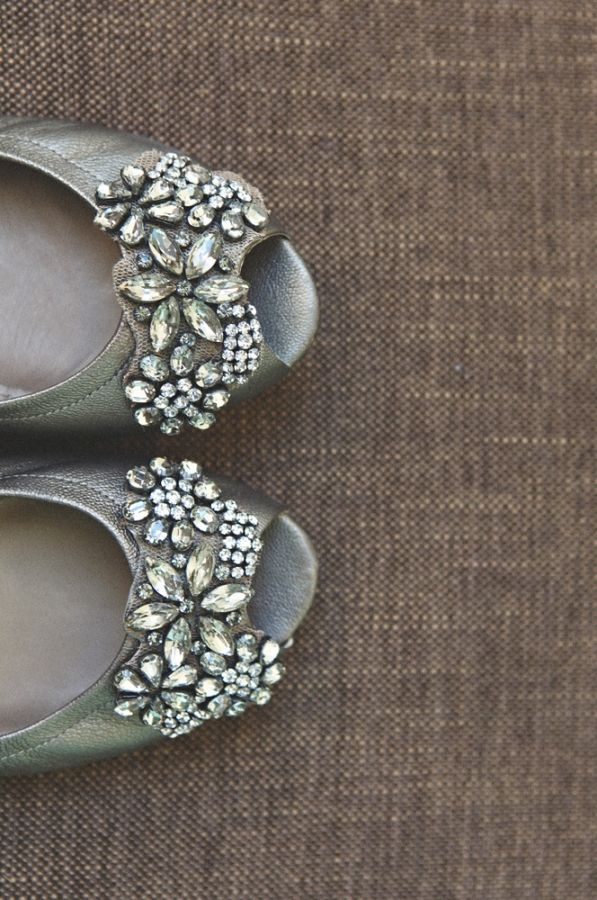 Bejeweled wedding shoes by Vera Wang, shot by Nectarine Photography