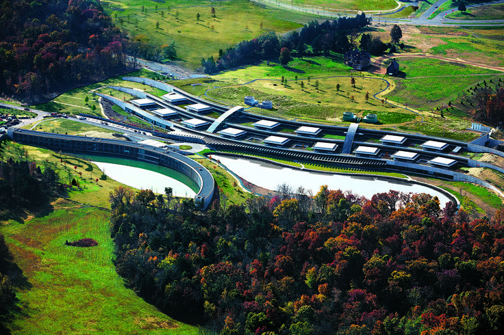 Howard Hughes Medical Institute – Janelia Farm Campus | Rafael Viñoly Architects | Aerial view. Photos: Jeff Goldberg / Esto