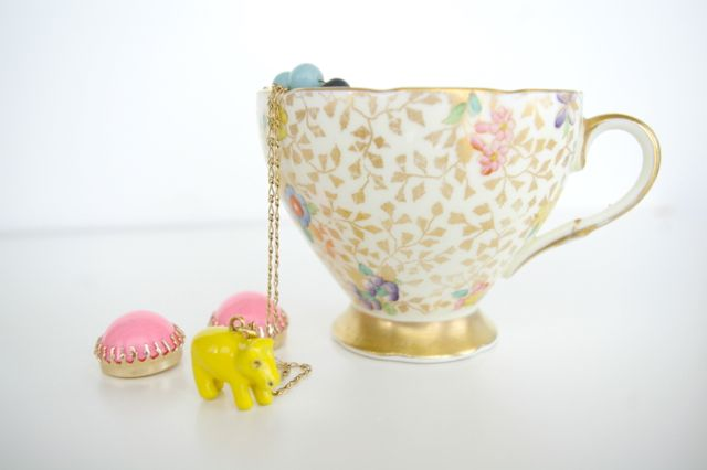teacup as a DIY jewelry holder