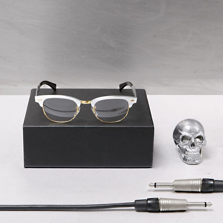 ray ban metal heads collection