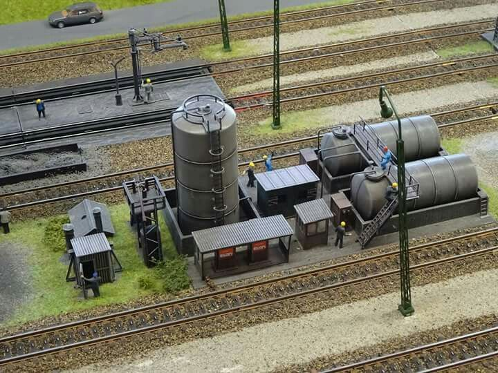 913 best ideas about model railroading on pinterest for Scale model ideas