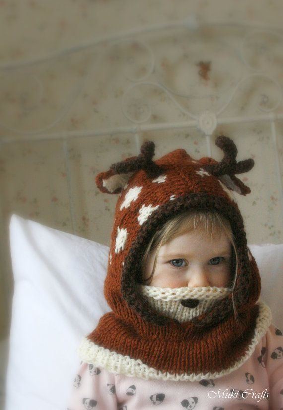 *** This listing is only a PDF PATTERN and not a finished product *** This is a knitting pattern for fawn hood Bämbi with a cowl inside which gives