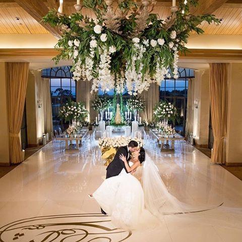 Sealed with a kiss. #PelicanHillWedding #WeddingWednesday #EveryDayIsAWeddingDay  Photo: @dukeimages #dukeimages