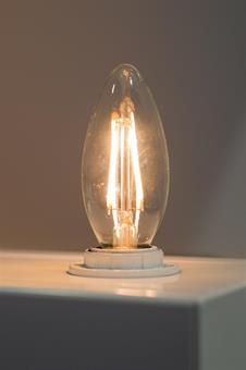 Lysglede 2W C35 2200K E14 LED-pære
