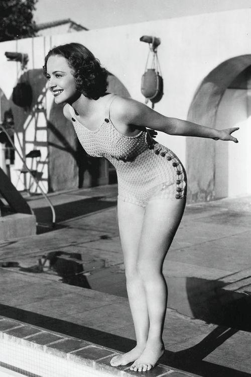 gingerrogerss:  Olivia de Havilland, c. 1930's