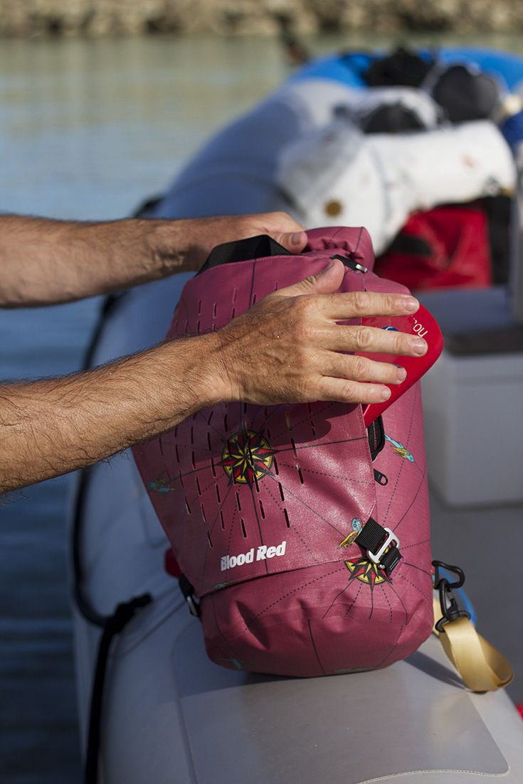 Marsala Cylinder Dry Bag 15L #bloodredclothing #bloodreddrybag