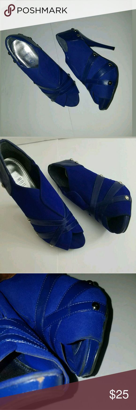 Royal Blue Studded Peep Toe Hidden Platform Heels Royal Blue Studded Peep Toe Hiddent Platform Stiletto Heels 8M  Very good used condition. Small scuff at toe.   1 inch platform. 4.75 inch heel.  LB rouge 66 Shoes Heels