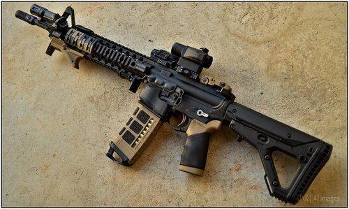Custom AR15 Setup---- Just awesome looking !!!