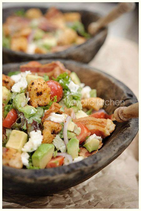 More than a salad (lettuce, croutons, avocado, bacon, mozzarella, garlic, red onion, garlic dressing)