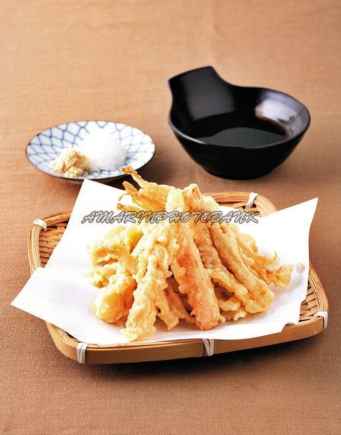 ชื่อภาพ เท็มปุระผักรวมมิตรขนาดภาพ 2731x3488 ช่างภาพ สกล ปานกลิ่นพุฒ จาก อาหารญี่ปุ่นโฮมเมด: สำนักพิมพ์อมรินทร์ Cuisine, น.65