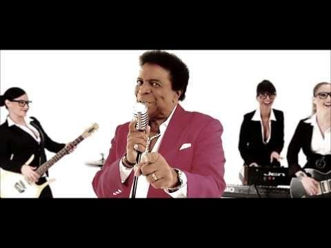 Finger & Kadel feat. Roberto Blanco - Ein bisschen Spaß muss sein (Official Video HD) - YouTube