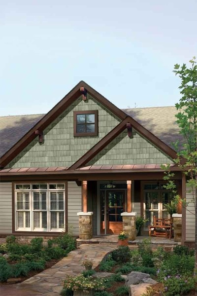 Stone siding picture 2 front porch pinterest colors for Rock and cedar homes