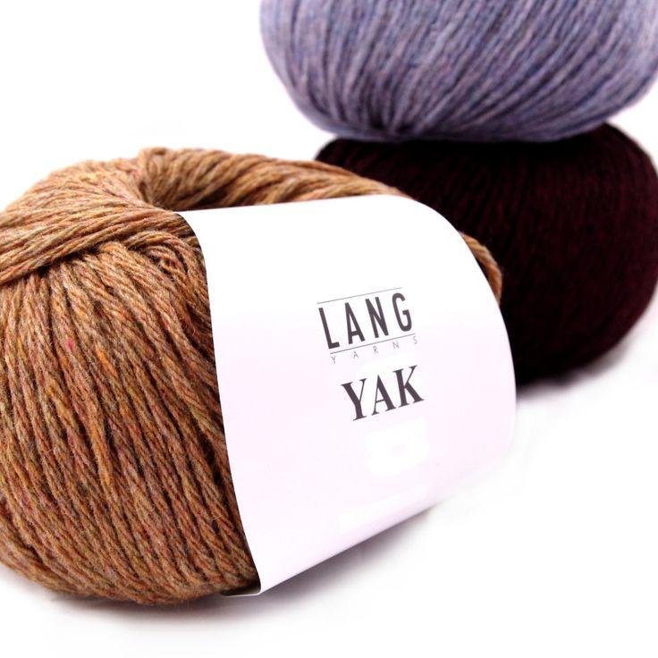 Garen. 100% WOL LANG Yarns Yak. De Jak komt voor in centraal Azië. Het fijne buikhaar wordt met de hand eraf gekamd om gesponnen te worden tot wol. Samengevoegd met Merino extra fijn wol.  Het resultaat? Extra Super zachte wol. Warmte en vocht regulerend. Kriebelvrij. Dit garen is een specialiteit van Lang Yarns. YAK1-800x800.jpg