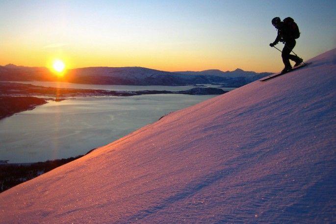 Lav vintersol på Nordre Nattmålstuva.  Foto: Åse Godøy