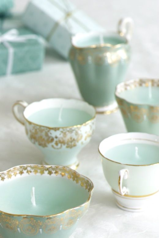 miobello:  Or have tea in these beautiful teacups… baby blue trimmed in gold