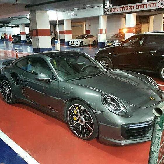 Porsche 911 Turbo S צולם בתל אביב תודה ל @daniel_shwarts1 ראיתם רכב טוב?🚘 צלמו,📸 שלחו לנו בפרטי או במייל ונעלה עם קרדיט👍 (קישור למייל בביו שבפרופיל) אתם מוזמנים לבקר בערוץ היוטיוב שלנו (CARS OF ISRAEL) קישור בביו שבפרופיל #porsche #911 #turbo #s #porsche911 #turbos #911turbos #911turbo #porsche911turbos #911porsche #sturbo #wheels #tires #inisrael #cool #supercar #hypercar #fastcar #sportcar #cars_of_israel1