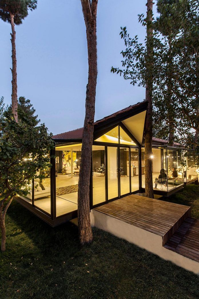 Thirty-pine villa designed in order to pay full attention to the nature - CAANdesign | Architecture and home design blog