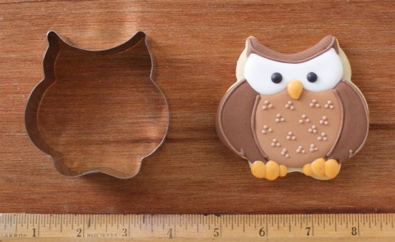Listing is for one Chubby Owl Cookie Cutter. (KS3)    Measures 3 inches wide and 3 inches tall. Made from 1 wide stainless steel. This chubby owl