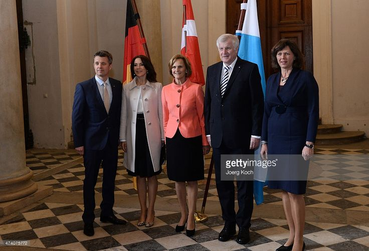 Crown Prince Frederik (L) and Crown Princess Mary (2-L) of Denmark meet Bavarian Minister Horst Seehofer, his wife Karin (C) and bavarian economic minister Ilse Aigner at the Bavarian residence during their visit in Germany on May 20, 2015 in Munich, Germany.