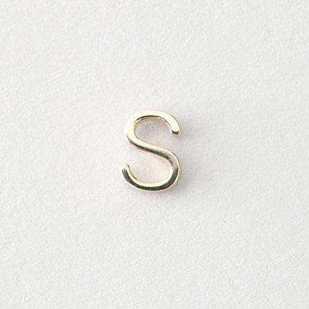 Mini Letter Stud Earrings - S [for me]
