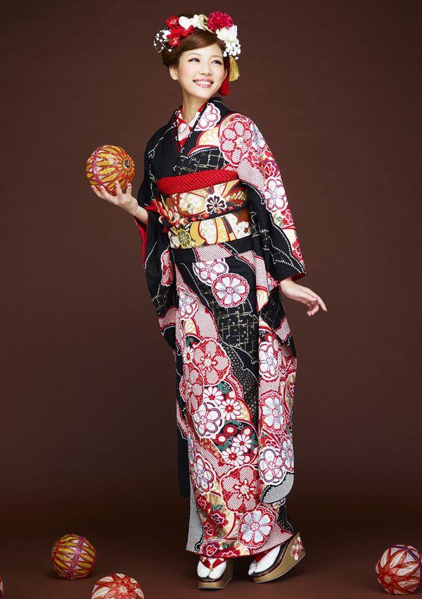 amazing kimono                                                                                                                                                                                 More