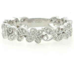 I love the softness of this ring. It's not angular. It's organic with sparkles