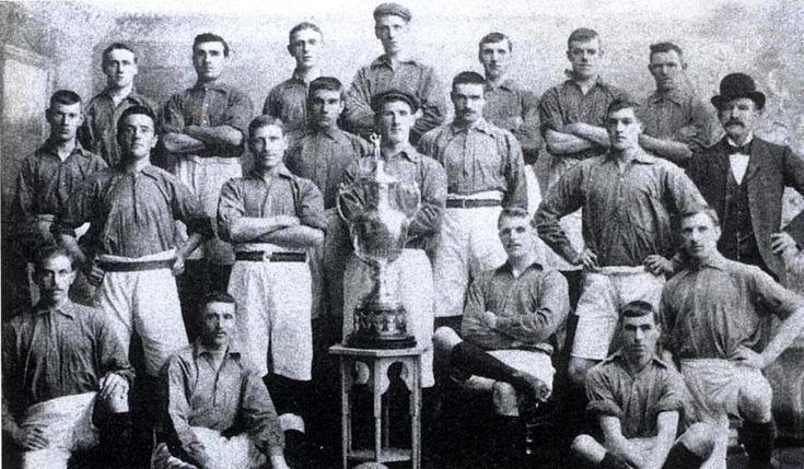 Resultado de imagem para first ever liverpool team