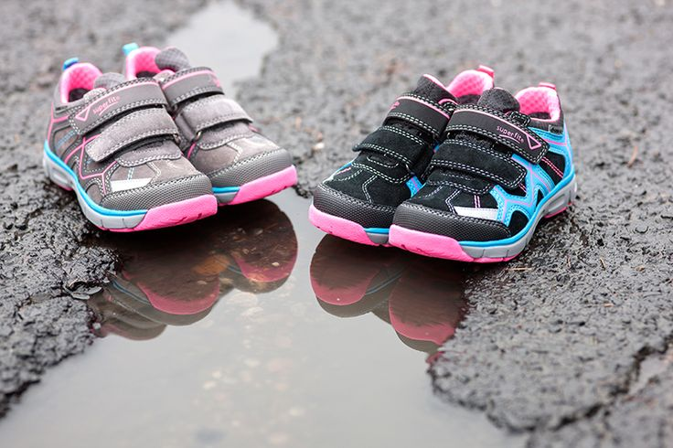 Find the perfect shoes for rainy days! www.superfit.at #shoes #kids #newcollection #aw15 #superfit