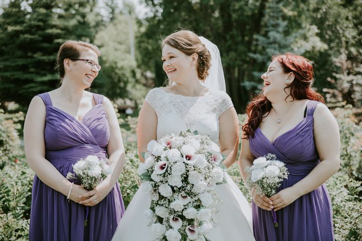 Purple colors for Bridesmaids
