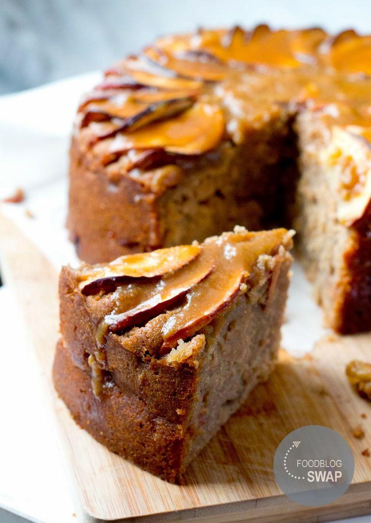 DoorEten : Foodblogswap | Kruidige appelcake met karamelsaus - met OER-fruit
