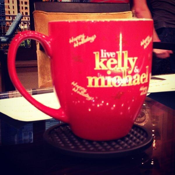 The new #KellyandMichael Holiday Mug!Michael Pics, Michael Strahan, Kellyandmichael Holiday