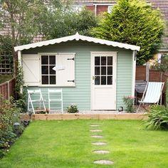 Garden with painted summerhouse | Easy garden transformations | Garden | PHOTO GALLERY | Housetohome.co.uk